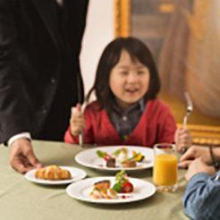 個室でのんびりフレンチディナー『ファミール』プラン ★客室はバリアフリールームでママも安心♪
