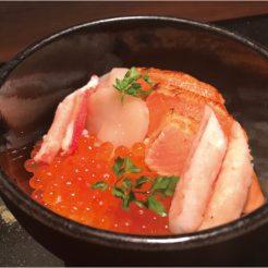 【ご宿泊のお客様10名限定】朝食グレードアップ「4種の海鮮丼定食」