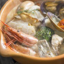 【ご当地メニューの西洋鍋】露天風呂付客室 しりべしコトリアードプラン